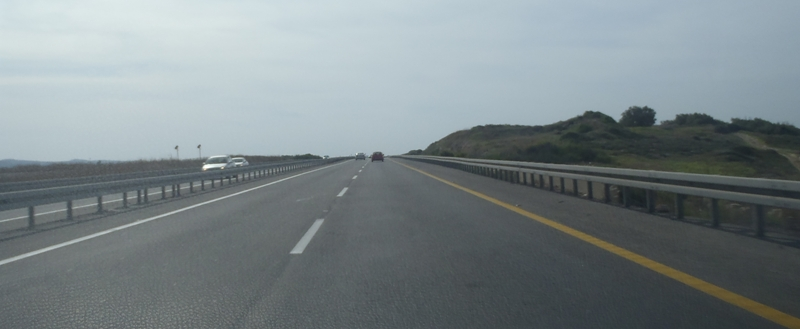 כביש החוף לתל אביב (צילום: ירון כרמי)
