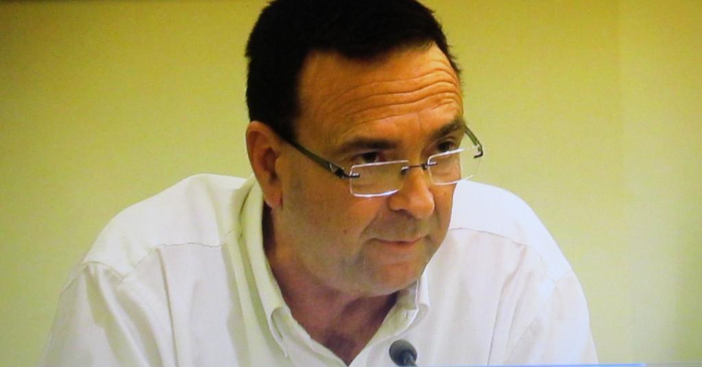 דני נישליס במועצת העיר חיפה (צילום: סמר עודה)