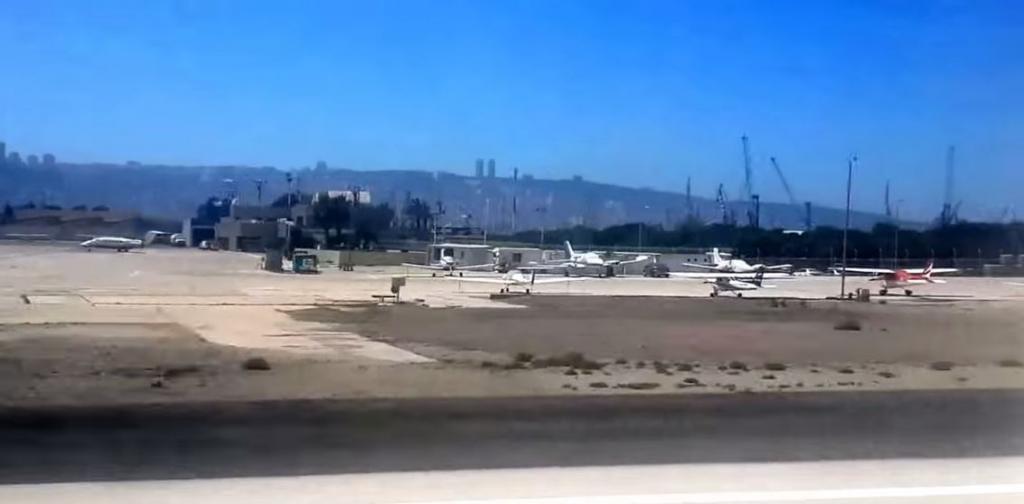 מטוסים קלים בשדה התעופה של חיפה (צילום: חי פה)