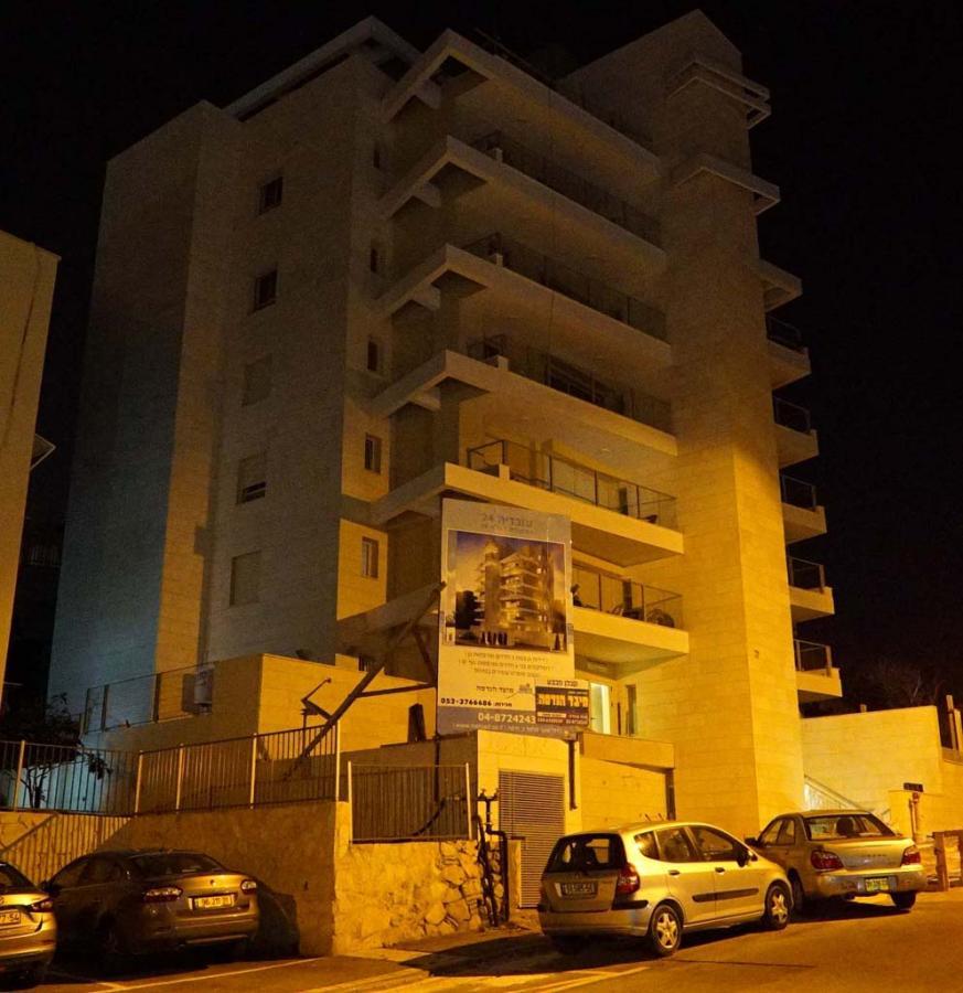 בניה חדשה בחיפה - רחוב עובדיה (צילום: ירון כרמי)