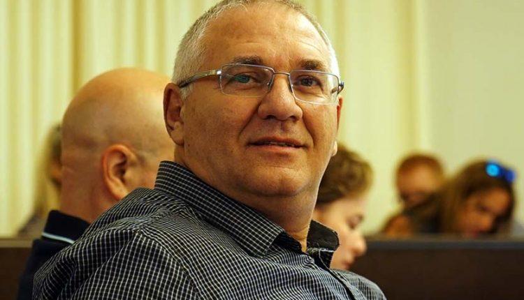 אביהו האן בעת דיון במועצת העיר חיפה, ארכיון (צילום: עומר כרמי)