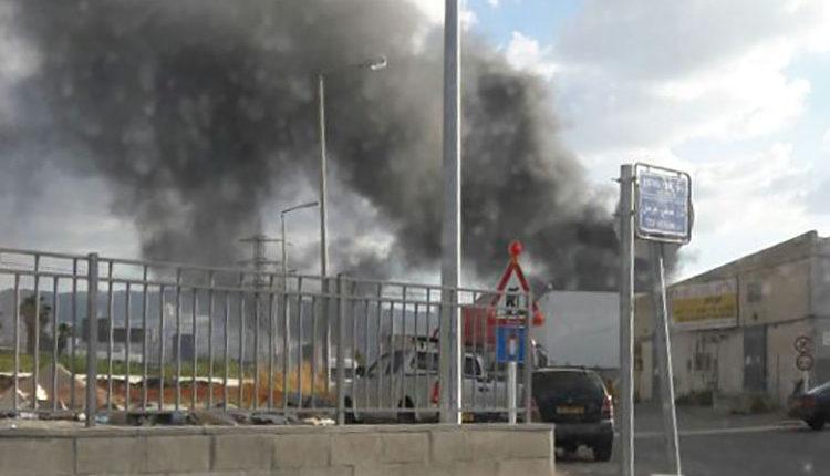 שרפה במפרץ חיפה. צילום – חן אגמי 2