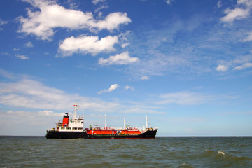 אוניית האמוניה (צילום: איגוד ערים להגנת הסביבה - חיפה)