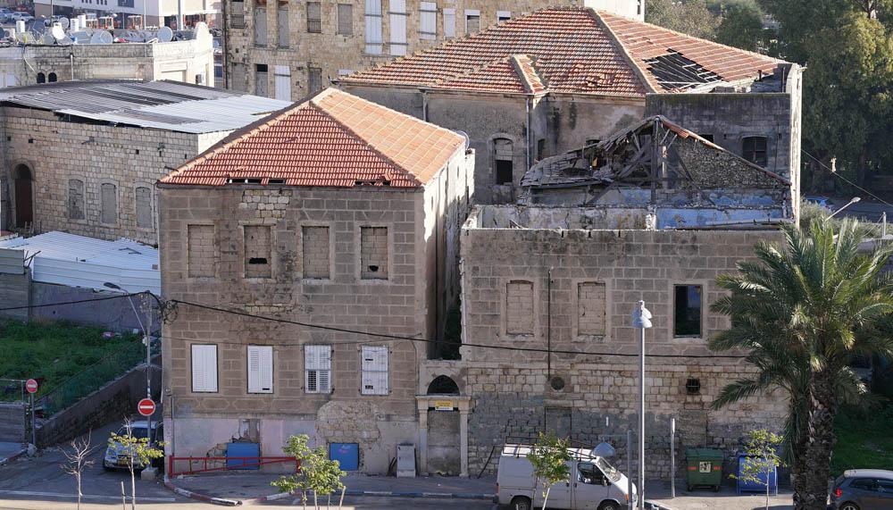 דירת רפאים ברחוב קיבוץ גלויות בחיפה  (צילום - ירון כרמי)