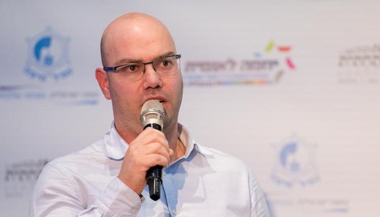 רן קורבר בכנס יוזמה לאומית עם אראל מרגלית – חיפה (צילום – ירון כרמי)