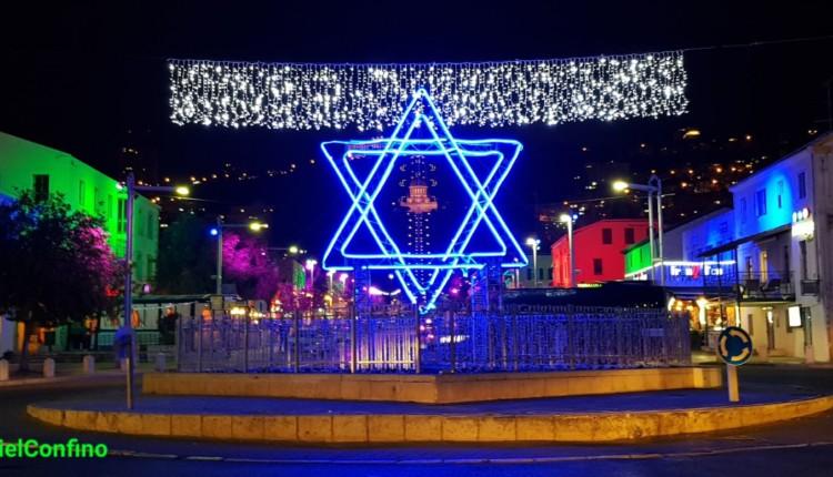 דגל ישראל – מיצג אור במושבה הגרמנית בחיפה 18/4/2018 (צילום – גבריאל קונפינו)