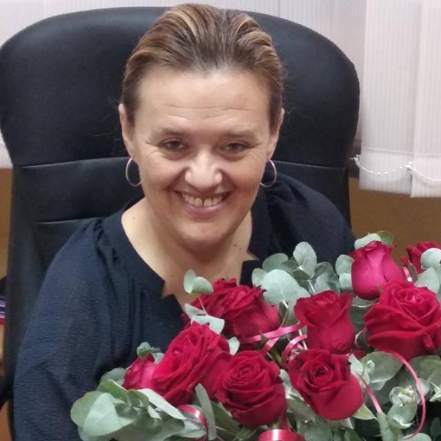 מנהלת בית הספר חוגים מילנה מירון