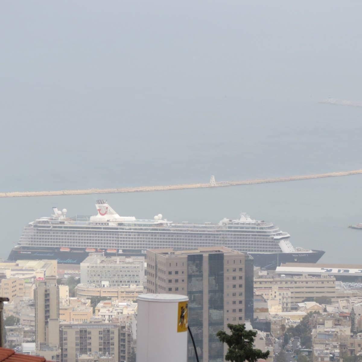 האנייה מיין שיפט 3 - Mein Schiff 3 בנמל חיפה 25/10/2018 (צילום: אנדריי סוידאן)