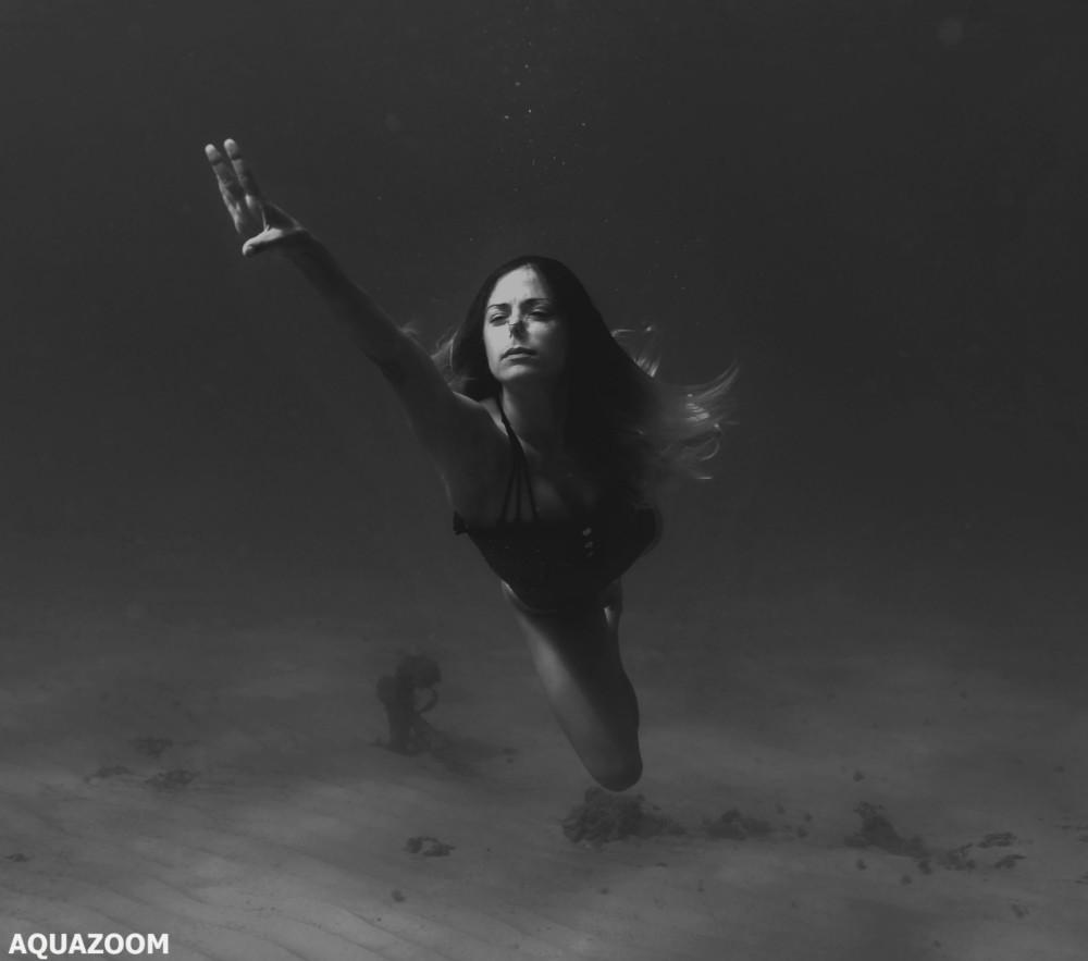 """צילומים מרהיבים של ביה""""ס לשחייה צורנית אקווה דאנס בחוף נווה ים - 30/9/2018 (צילום: AQUAZOOM - אמיר וייצמן)"""
