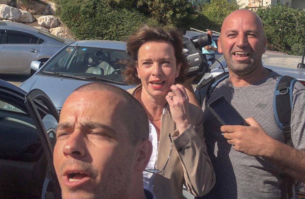 עינת קליש יוצאת להצביע - יום הבחירות בחיפה - 30/10/2018 (צילום: מיכל ירון)