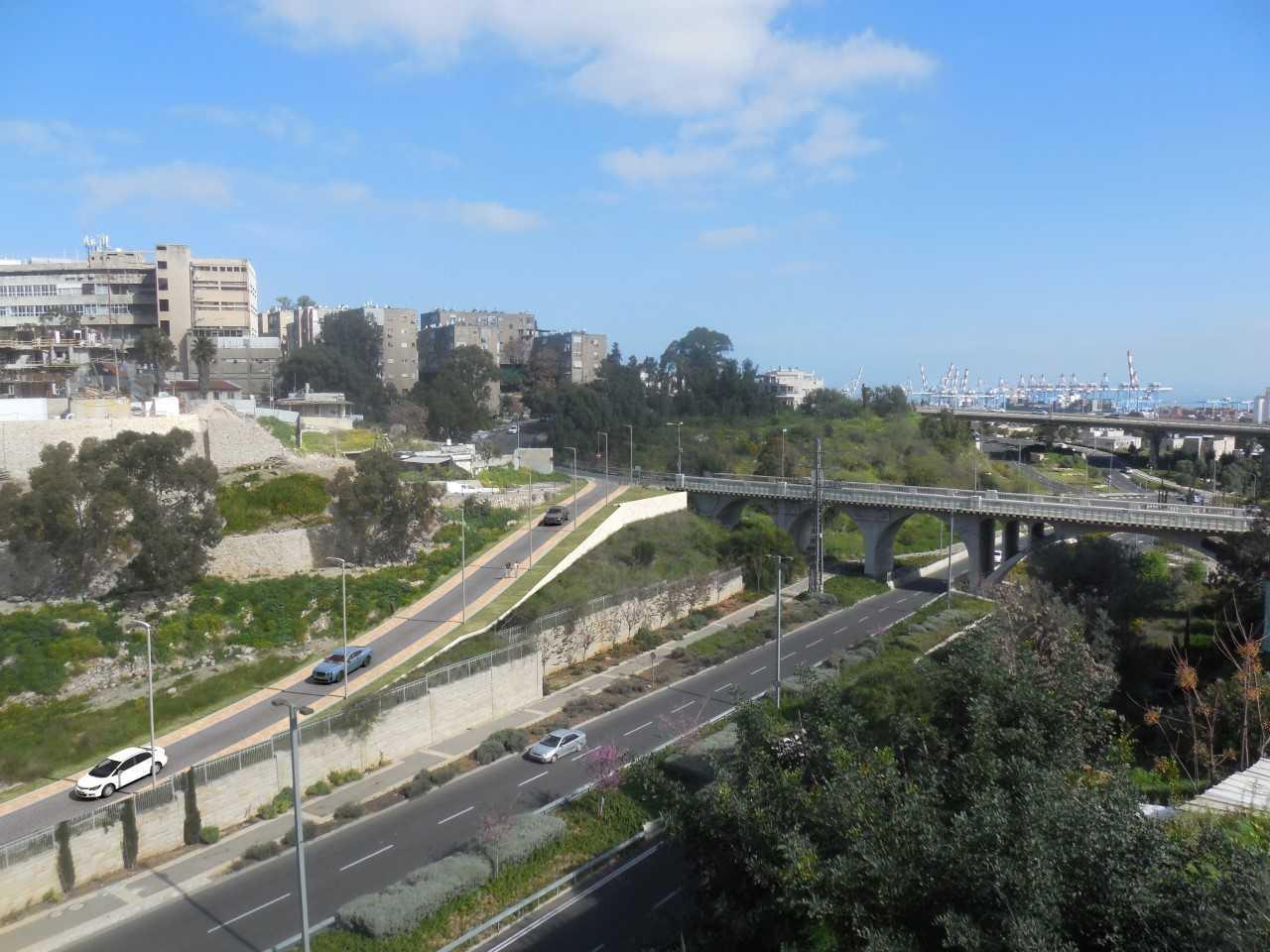 """הכביש המחבר בין רחוב הרצל לדרך נחל הגיבורים בחיפה (הדמיה  באדיבות חברת """"יפה נוף"""")"""