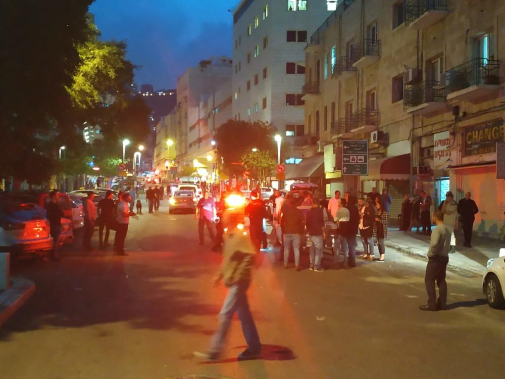 ירי ברחוב הבנקים בחיפה - ככל הנראה על רקע פלילי 21/11/2018 (צילום: אלפרד חדד)