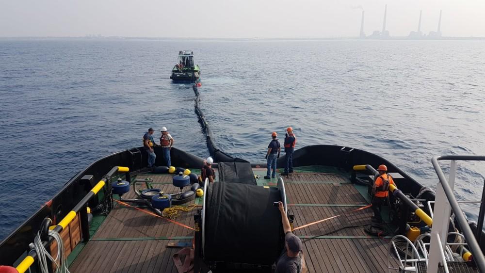תרגיל היערכות לטיפול בזיהום ים - פעילות מול חופי קיסריה 14/11/2018 (צילום: ניר לוינסקי המשרד להגנת הסביבה)