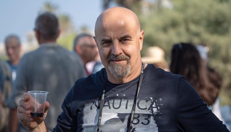 ירון חנן במסיבת סיום קמפיין הבחירות - נובמבר 2018 - טיילת בת גלים (צילום: ירון כרמי)