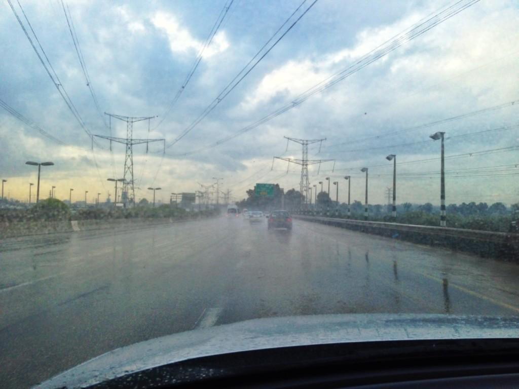נהיגה בחורף (צילום: עמותת אור ירוק)