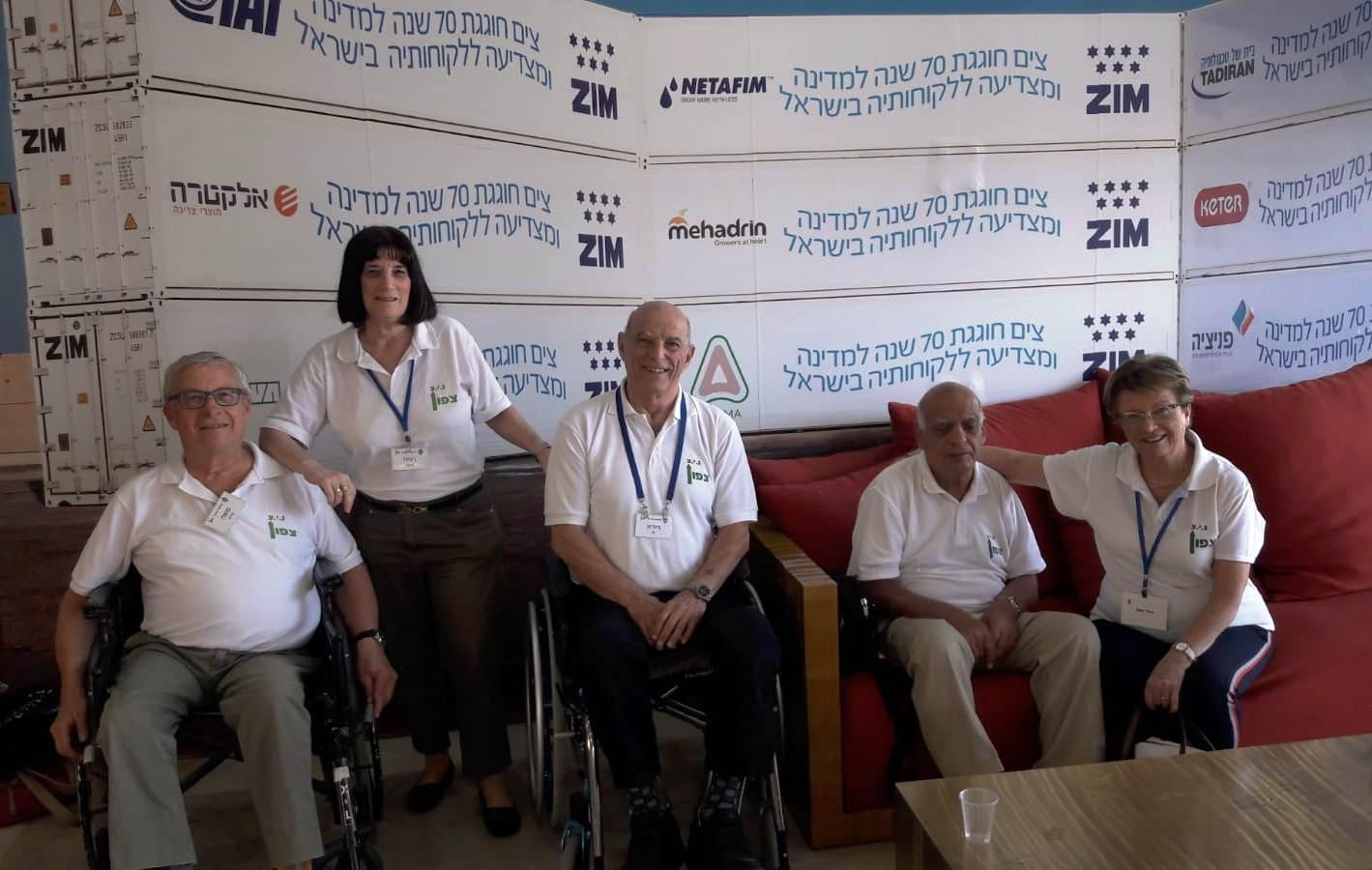 מתנדבי נגישות ישראל צפון בצים (צילום: מתנדבי נ.י.צ שהיו במיזם)