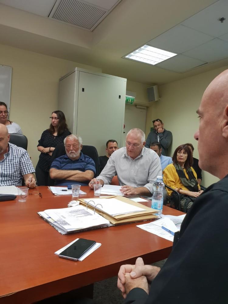 דיון בועדה המחוזית לתכנון ובניה בחיפה (צילום: דודי מיבלום)