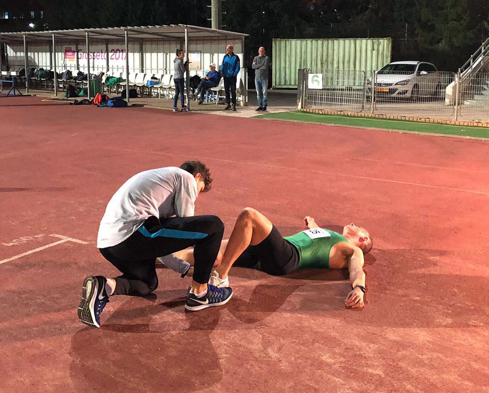 אריאל אטיאס שבר את השיא הישראלי לנוער בקרב 5 (צילום: מכבי חיפה - כרמל)