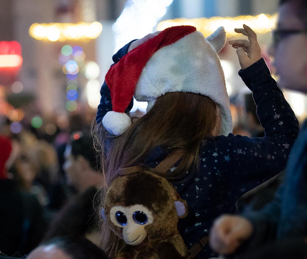 ילדה עם כובע חג המולד - החג של החגים - 22/12/2018 (צילום: ירון כרמי)
