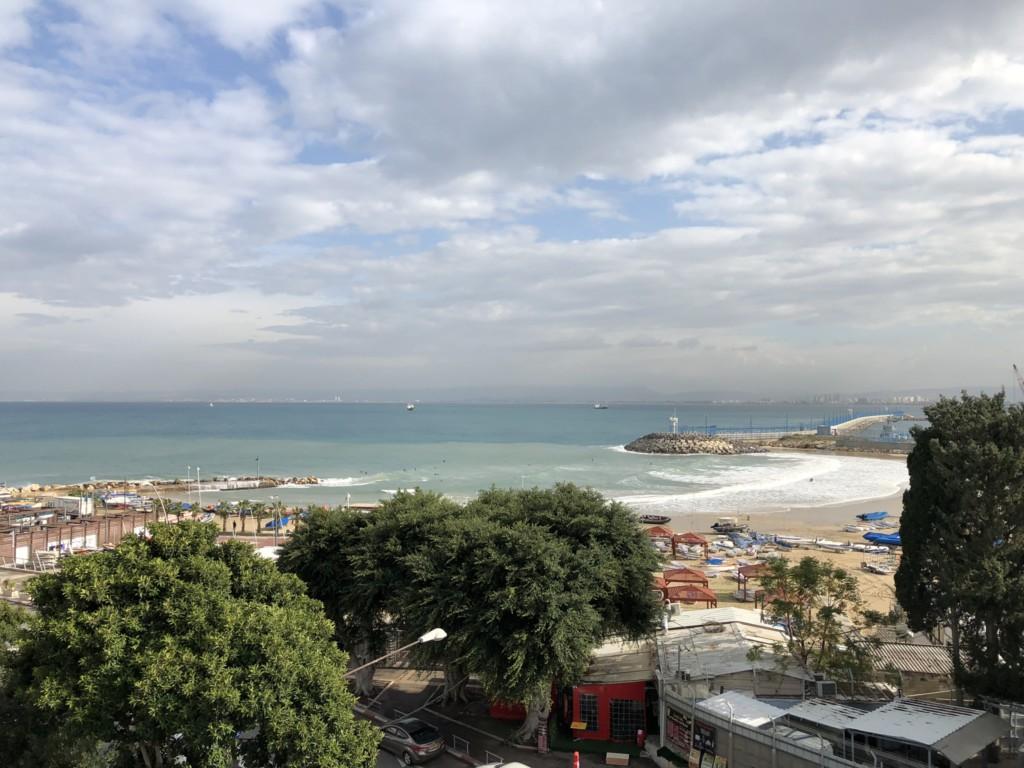 החוף השקט (צילום: ירון כרמי)