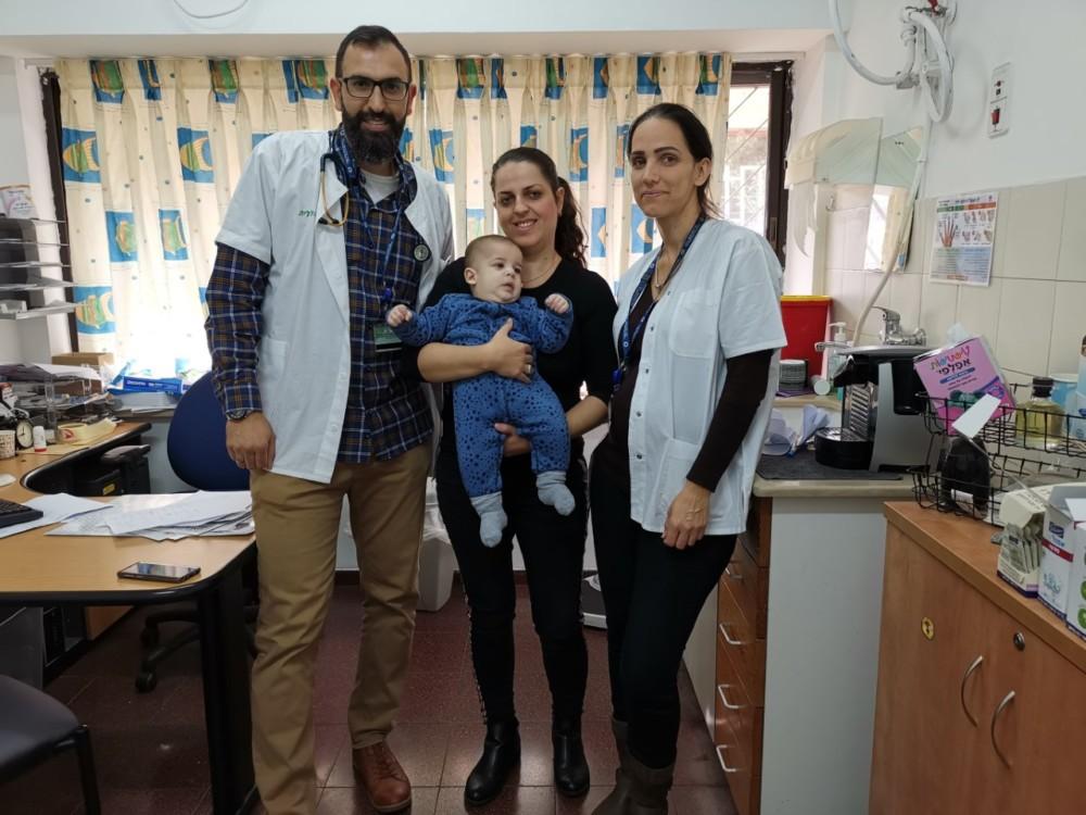 דר עמאר קראקרה הציל את חיי התינוק