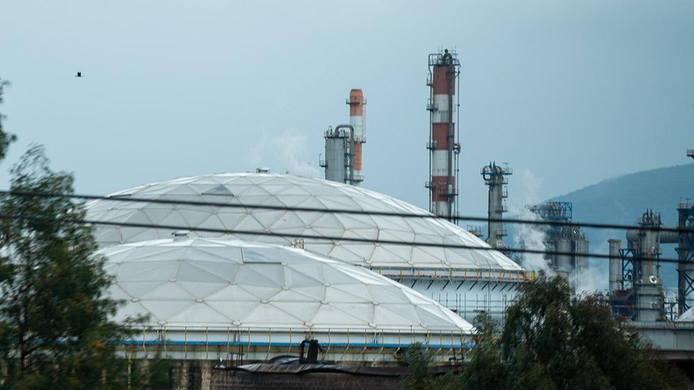 """בתי הזיקוק לנפט - בז""""ן (צילום: חי פה)"""