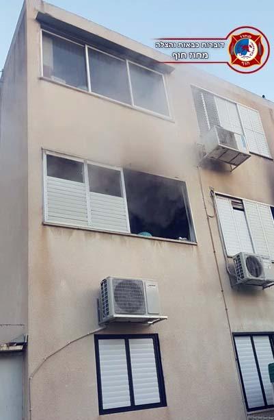 שרפה קטלנית בדירה בנשר - 19/01/2019 (צילום: לוחמי האש)