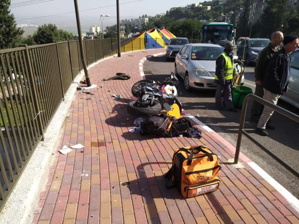 תאונת דרכים אופנוע (צילום: איחוד הצלה כרמל)