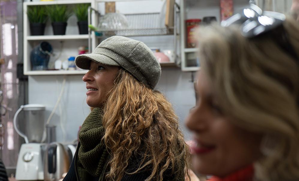 ביקור בסטודיו לצורפות של ליאת ולדמן - סיור מייקרים עם העמותה לתיירות חיפה (צילום: ירון כרמי)