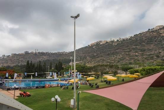 בריכת שחייה חיצונית - ספורטן חיפה