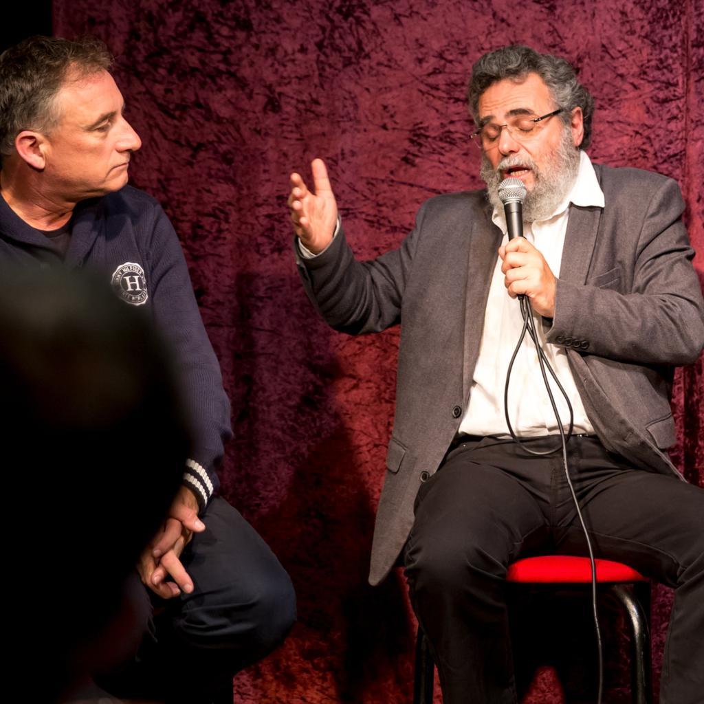 הרב דב חיון וגיל גורן - פאנל בתאטרון הסטודיו - פני העיר לאן (צילום: אקי פלקסר)