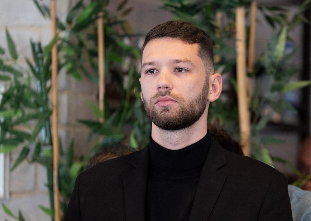 קיריל קארטניק - עוזרו האישי של עציוני (צילום: ירון כרמי)