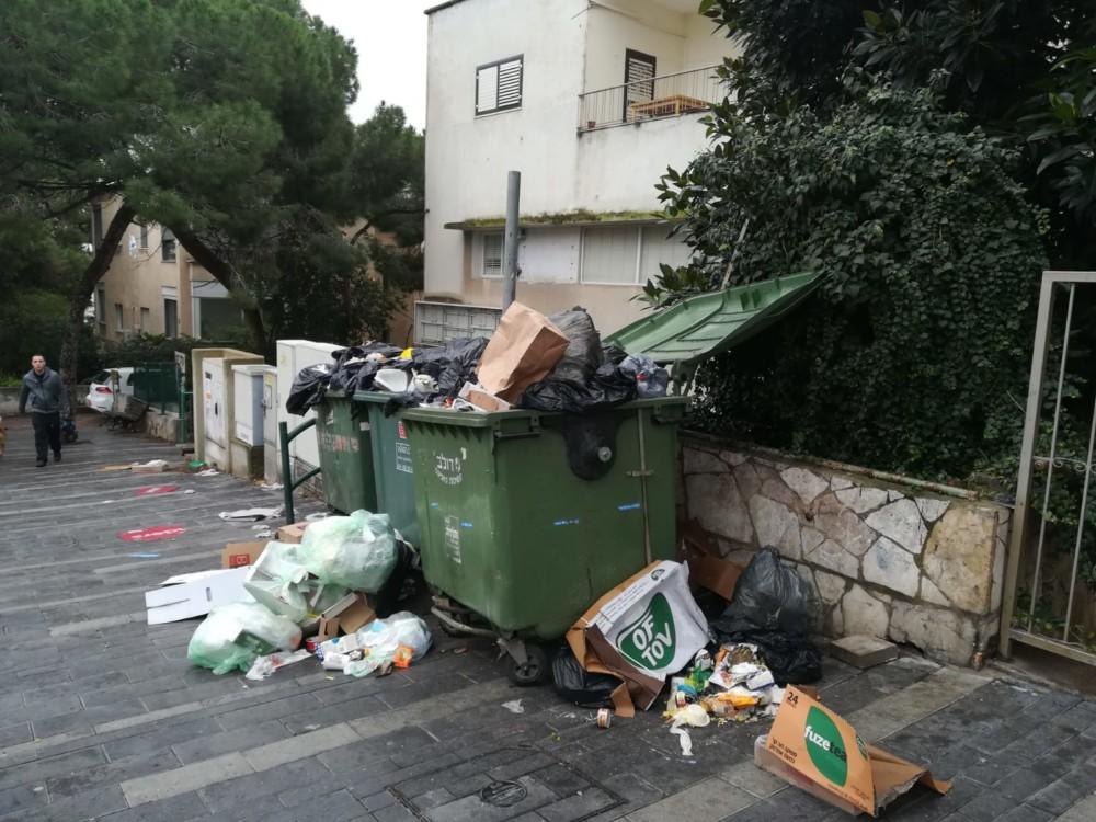 השביתה בחיפה - וודג'ווד 4 - קוראי חי פה מצלמים (צילום - עמית ראב)