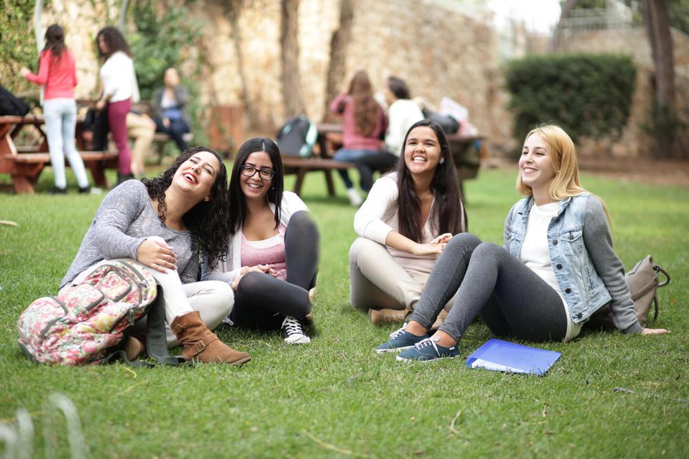 סטודנטים מתוכנית המצוינים של האקדמית גורדון- מילום יחסי ציבור