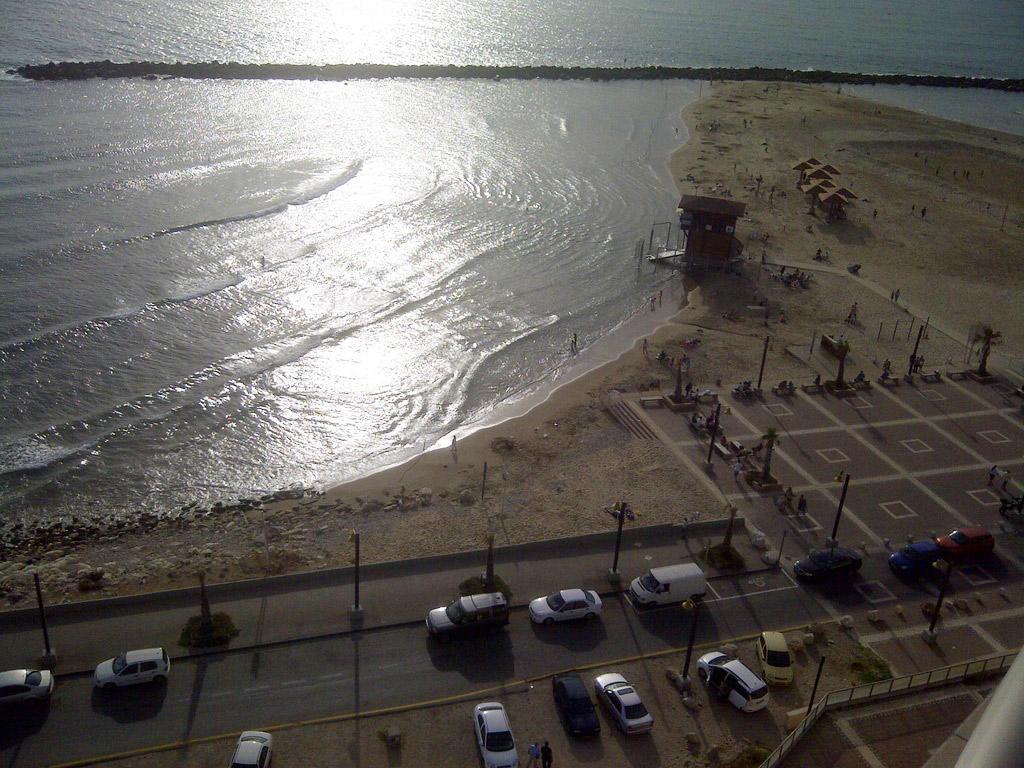 חוף מרידיאן (צילום: ירון כרמי)