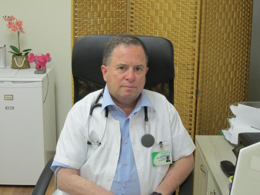 """ד""""ר מיקי שטיין (צילום: סמר עודה כרנתינג'י)"""