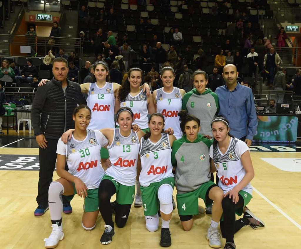 קבוצת הנשים של מכבי חיפה (צילום: נועה נונו)