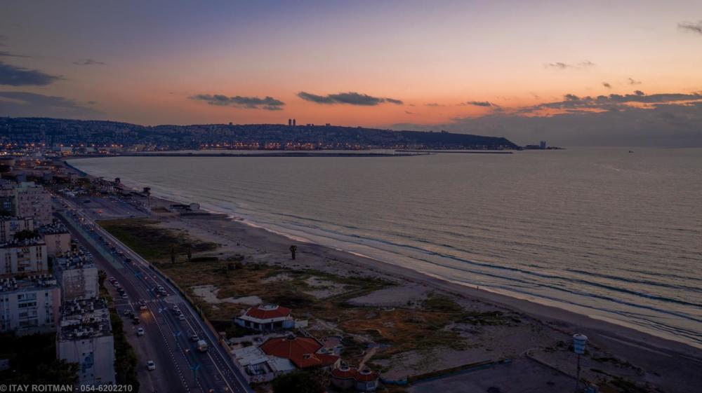 קריית חיים נמל המפרץ מפרץ חיפה (צילום: איתי רויטמן - צילומי אוויר - 054-620-2210)