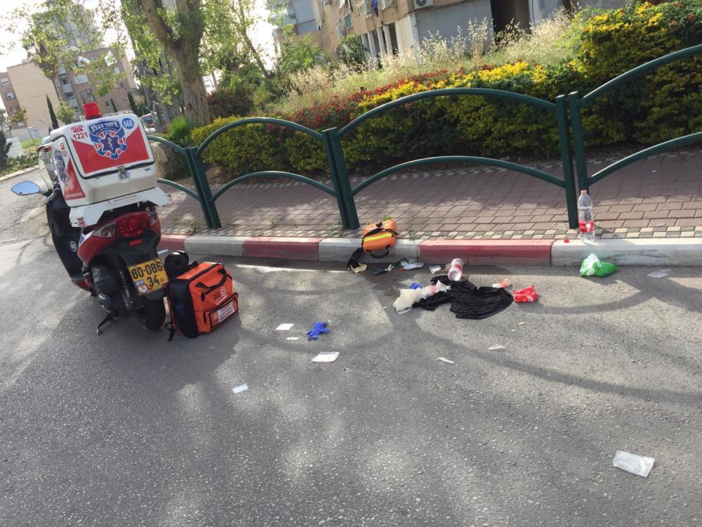 רוכב אופניים חשמליים נפגע בתאונה עצמית (צילום: איחוד הצלה כרמל)