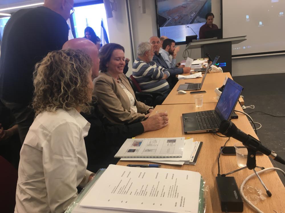 ועדת המשנה לעררים במינהל התכנון בירושלים בנושא מפרץ חיפה (צילום: אלה נוה)