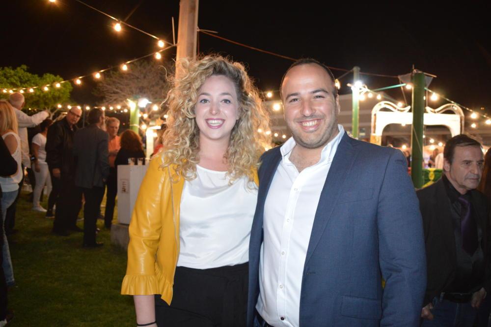 איתן פרדו ובת זוגתו במימונה בספורטן חיפה (צילום:שרה איקו)
