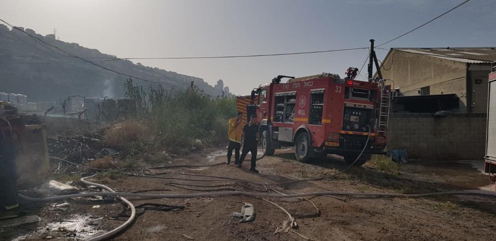 שריפה בנשר צילום: כבאות והצלה מחוז חוץ