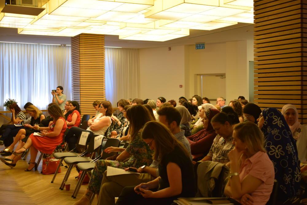 משתתפי הכנס - עיר לכולן בחיפה (צילום: ראובן כהן, עיריית חיפה)