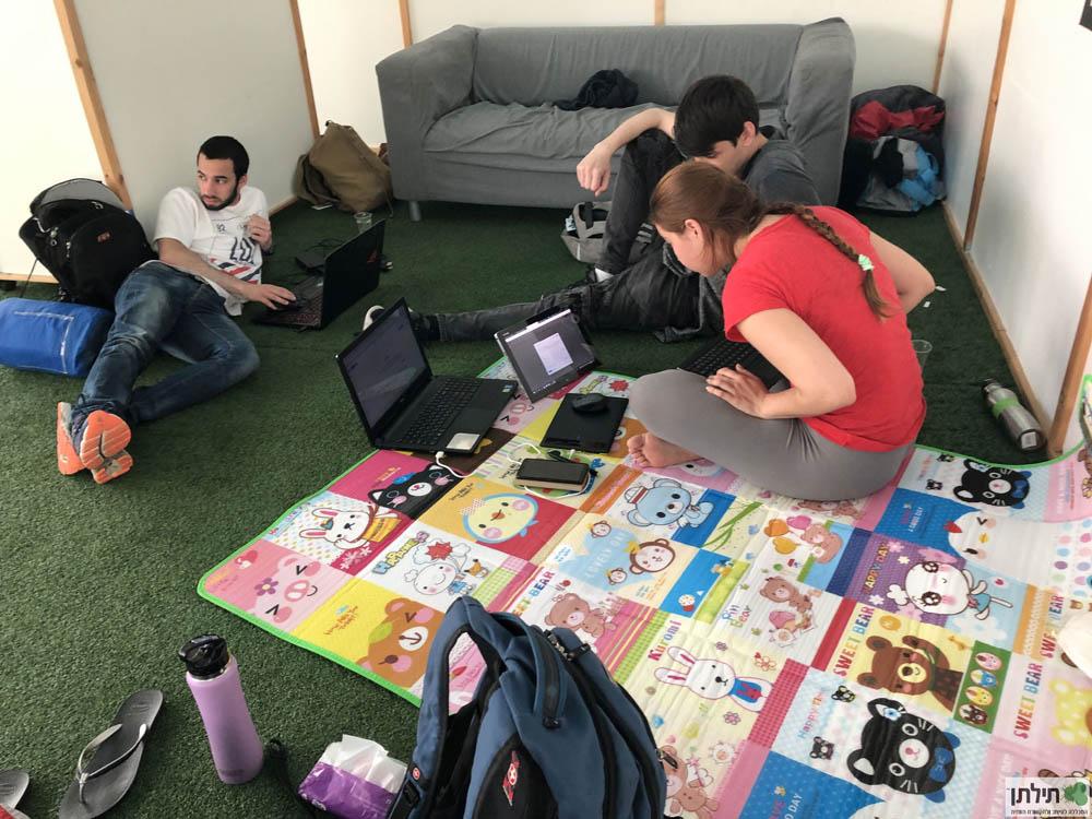 תלמידים מפתחים משחקי מחשב - האקתון משחקי העיר חיפה ה-17 במסגרת פסטיבל תילתן ה-3 (Festiltan)