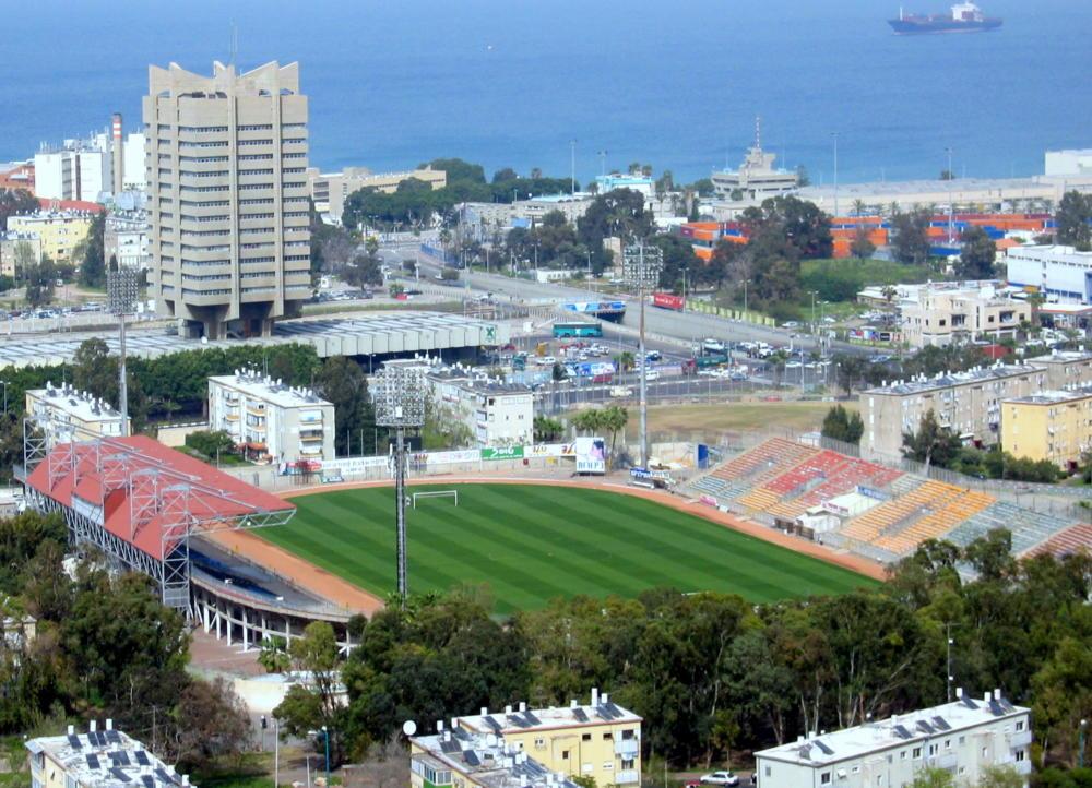 איצטדיון קריית אליעזר בעבר (צילום: אדיר יזירף)