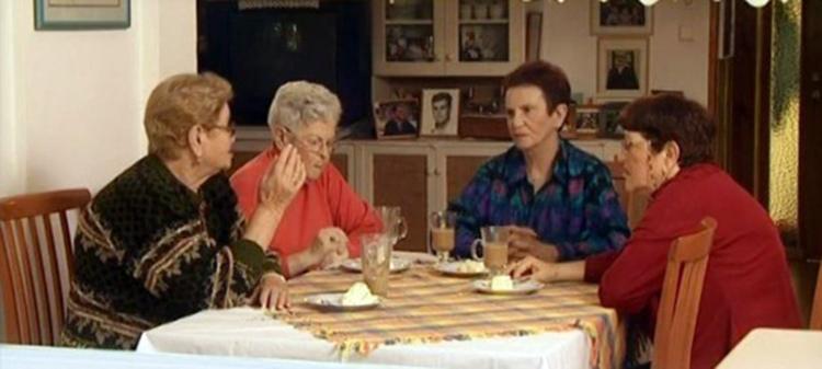 האחיות כהנא - 2004 משמאל לימין: ריקו, שרה, רחל, אסתר
