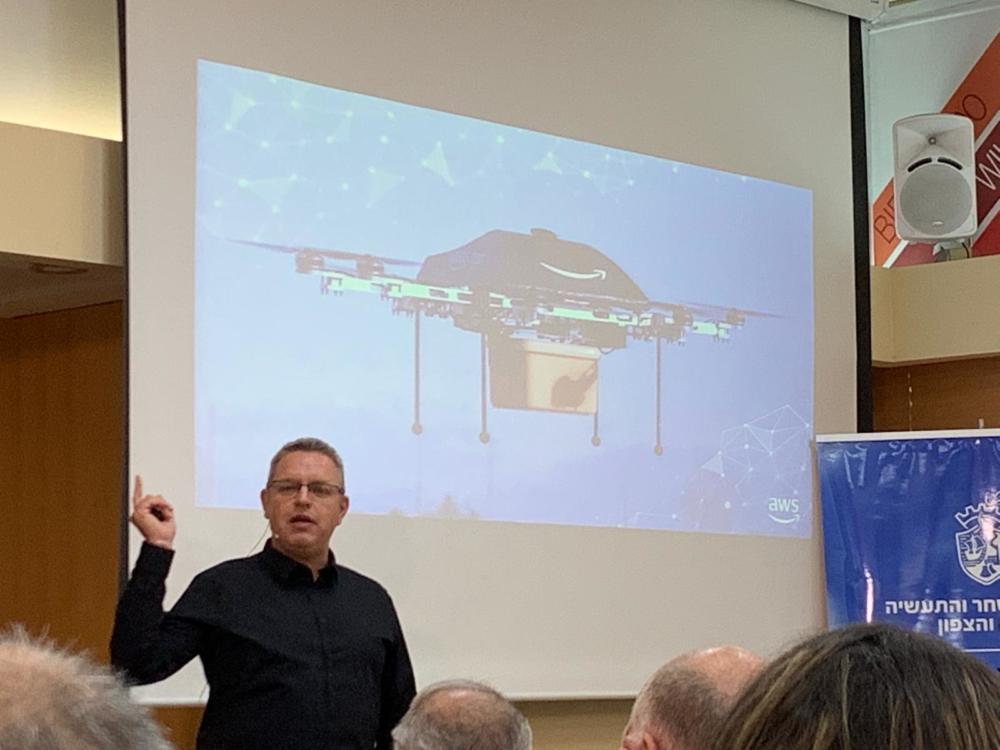 בועז זימונן, משמש כדירקטור טכנולוגיה ותשתיות ענן בחברת Zend (צילום נגה כרמי)
