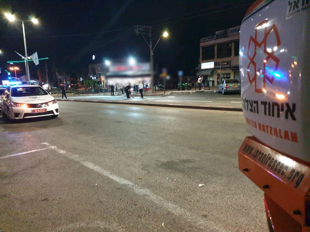 ירי לעבר בית עסק במרכז זיו בחיפה (צילום: איחוד הצלה כרמל)