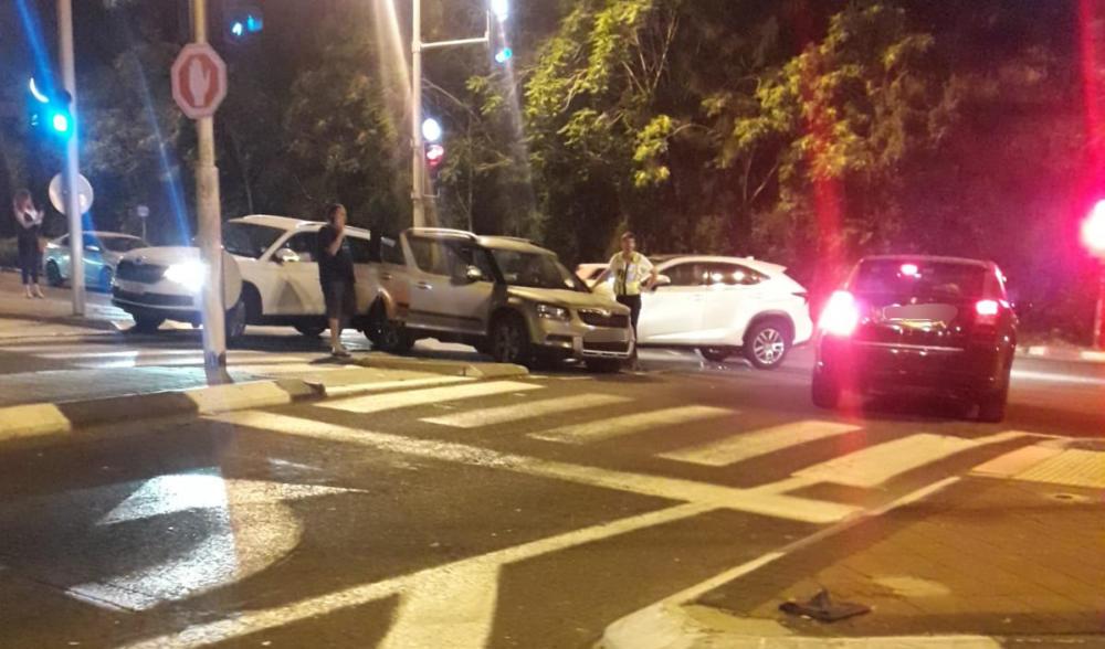 תאונה בדרך שמחה גולן בחיפה (צילום: אסף סביון)