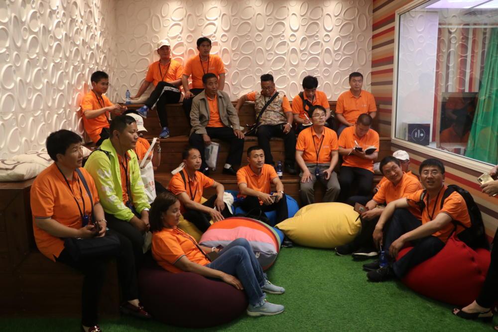 מנהלי בתי ספר מסין בהשתלמות בישראל, אורחי האקדמית גורדון חיפה (צילום: ניר משה)